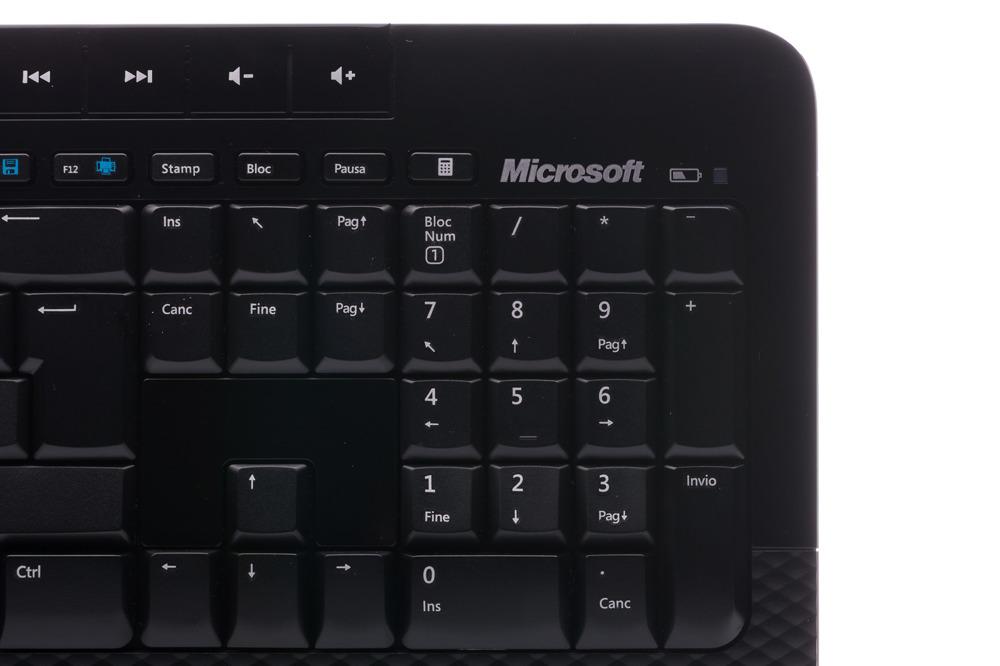 Klawiatura Microsoft Wireless 2000 Desktop Włoska