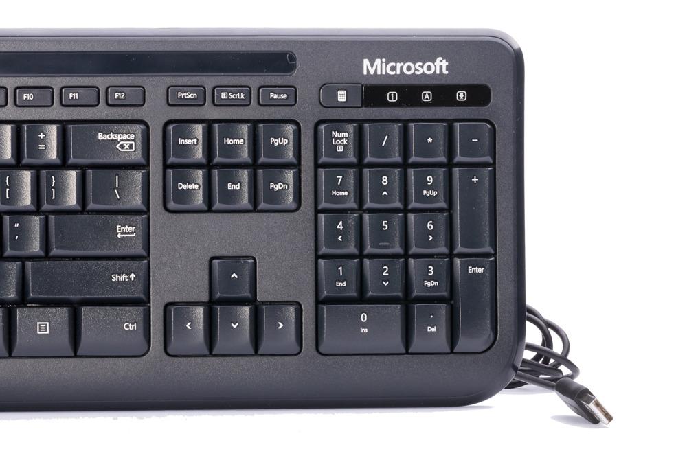 Microsoft Wired 600 Desktop (Grecka)